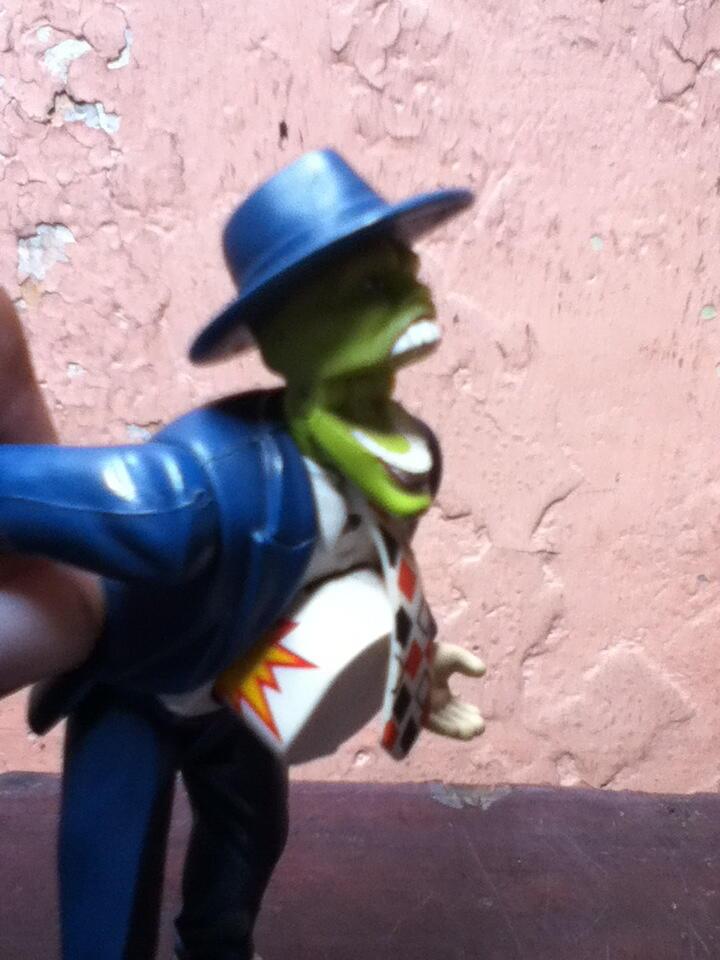 WTS : Action figures ( the mask, magneto, frankenstein )