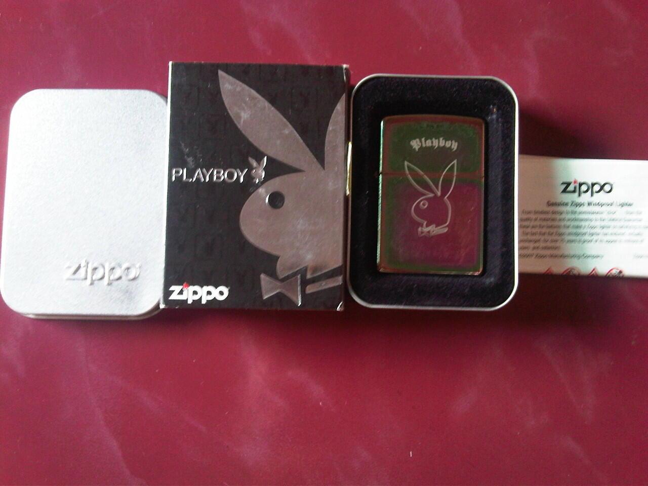 zippo playboy 24447 Spectrum Finish