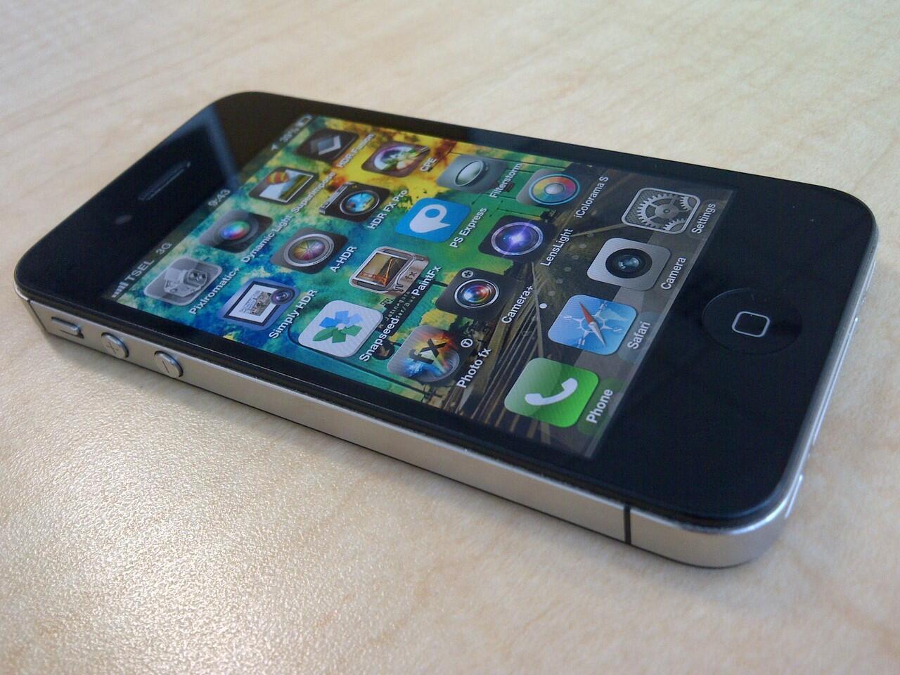 IPHONE 4S 16GB HITAM MULUS MSH GARANSI