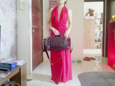 bag and elegan dress by v design