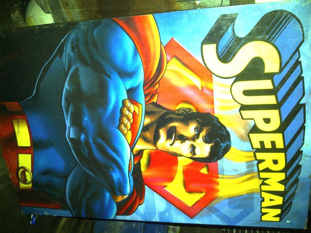 Lelang poster + figura superman