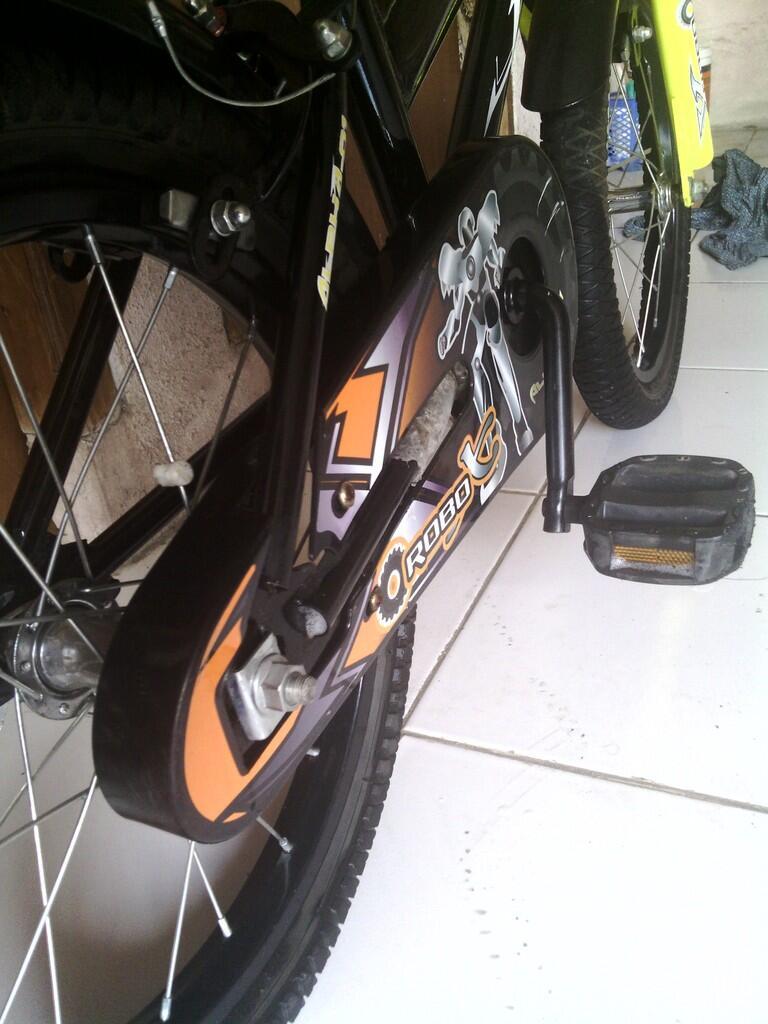 "Sepeda Anak United ""ROBO"""
