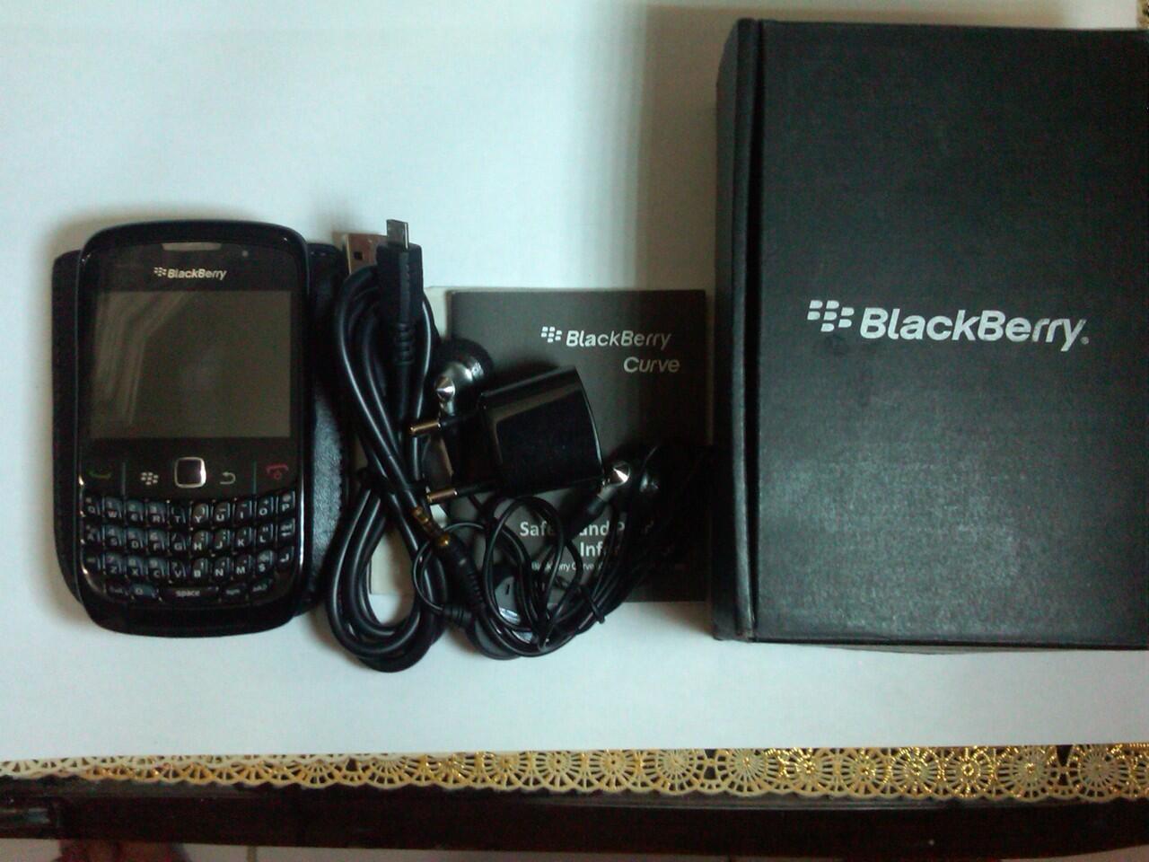 BLACKBERRY GEMINI CDMA 8530 (ARIES) lengkap like a new