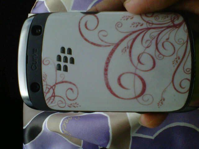Blackberry 9360 Curve White Full Set Garansi TAM 18 Bulan