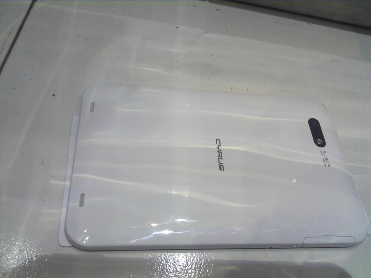 cyrus slim 7 inch 3g wifi ics