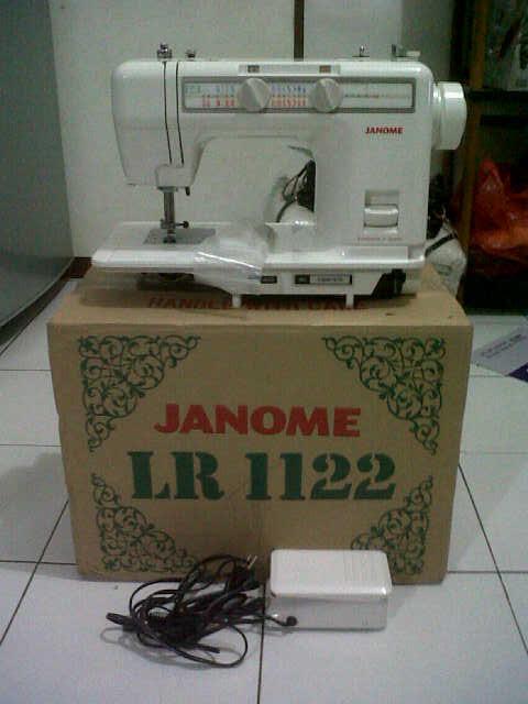 Mesin Jahit Janome LR1122