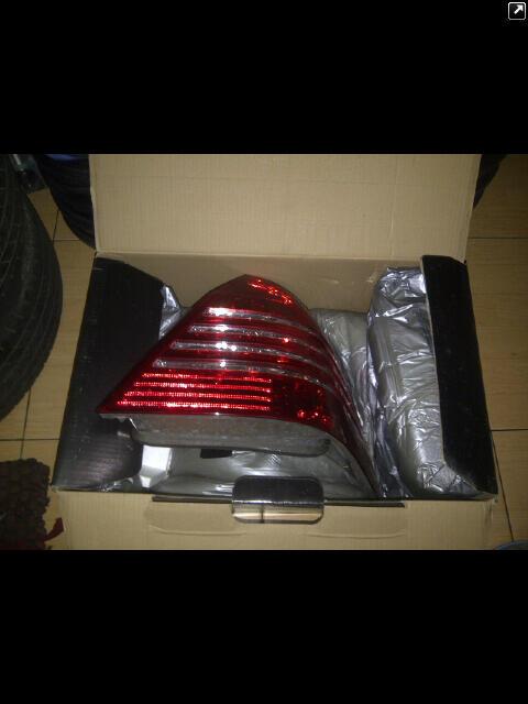 WTS Stoplamp second merk eagle eyes mercy C240 tahun 2001