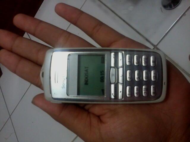 hp jadul Sony Ericsson Mungil