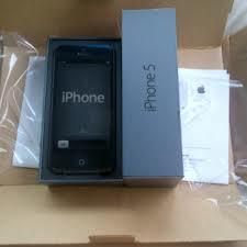 Iphone 5 64GB Black harga 6jt call/sms:0823-3370-09227