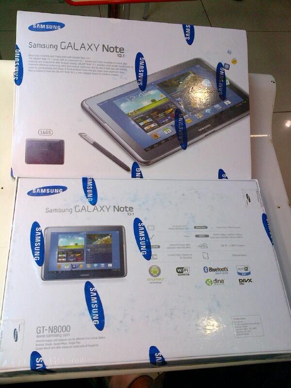 Samsung GalaxyNote 10.1 N-8000 BNIB