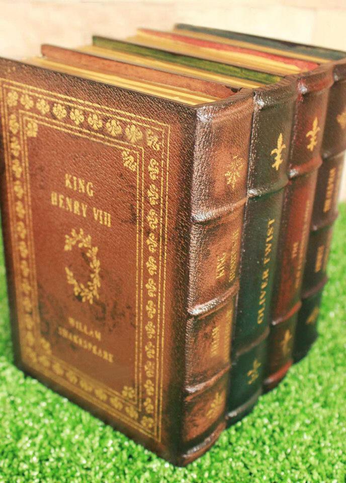 [JUAL] Vintage Book Compartment Decoration