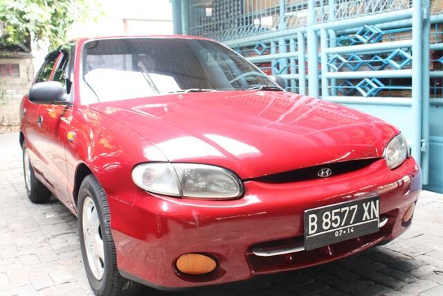 Hyundai Accent GLS 04
