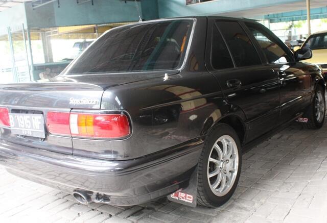 Nissan Sentra Genesis 96