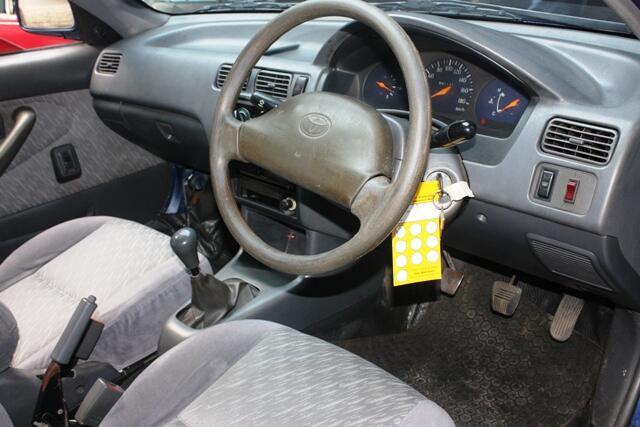 Toyota Soluna XLI 01