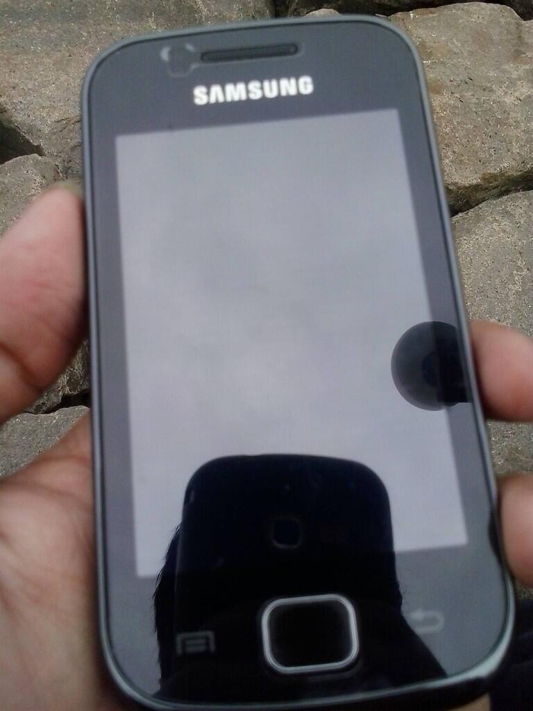WTS Samsung Galaxy Gio ( Black + Fullset )