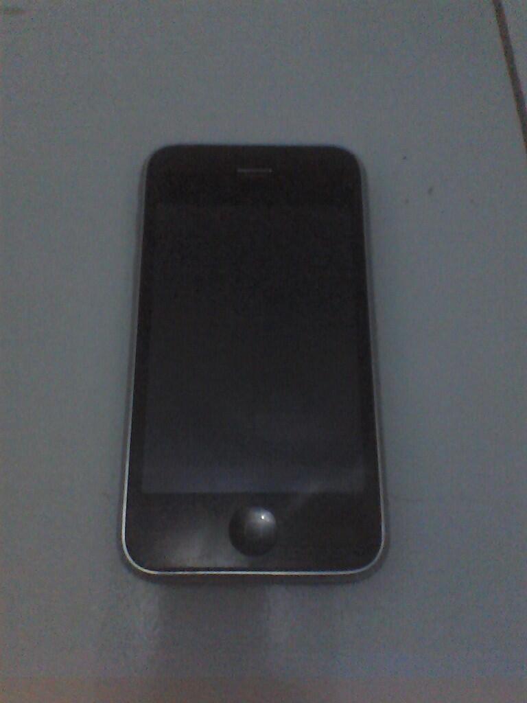 IPHONE 3G 16 G ( 2nD ) dan IPOD SHUFFLE 2G ( NEW ) MALANG - BANDUNG