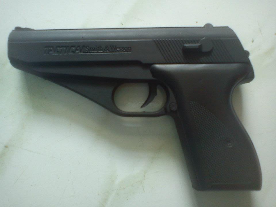 Airsoft Gun and Kit Ready Stock [Rifle, HandGun, Shotgun, Google, Vest etc]