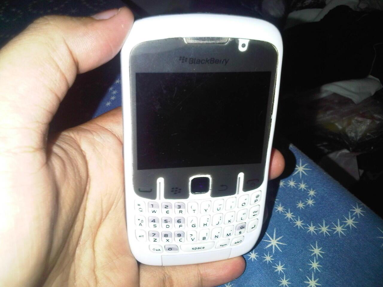 Blackberry aries 8530