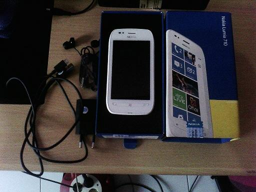 Jual Nokia Lumia 710 White..MULUS+GARANSI!!