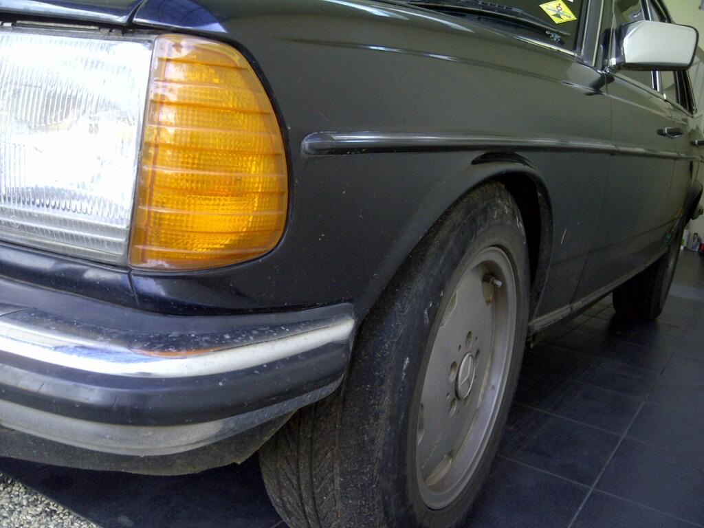 Mercy Tiger W123 280E Hitam Tahun 1983