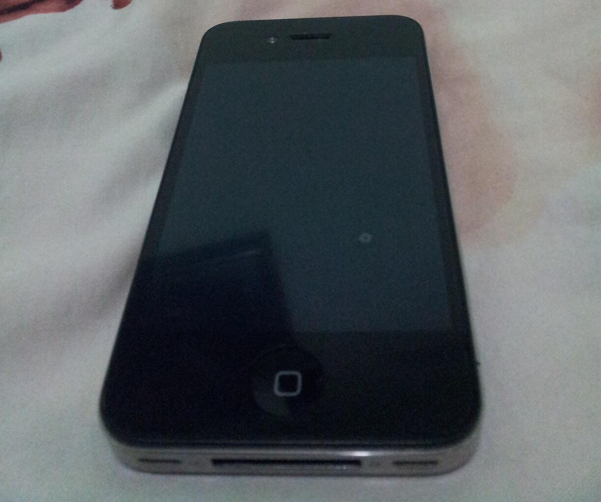 Iphone 4 Black 16GB super mulusss...