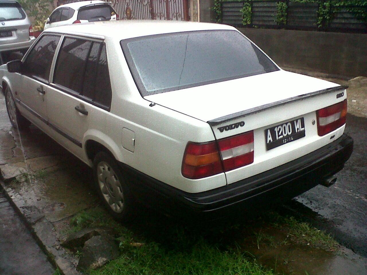VOLVO 960 GL A/T White