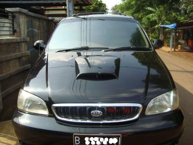 Kia Carnival Diesel AT th 2001 Hitam 3TV Monitor, Camera Parkir Murah