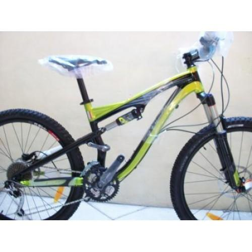 SPECIALIZED CAMBER ELITE - 2012 Harga Rp.15.000.000 hp.082324057747 PIN BB : 2A720650