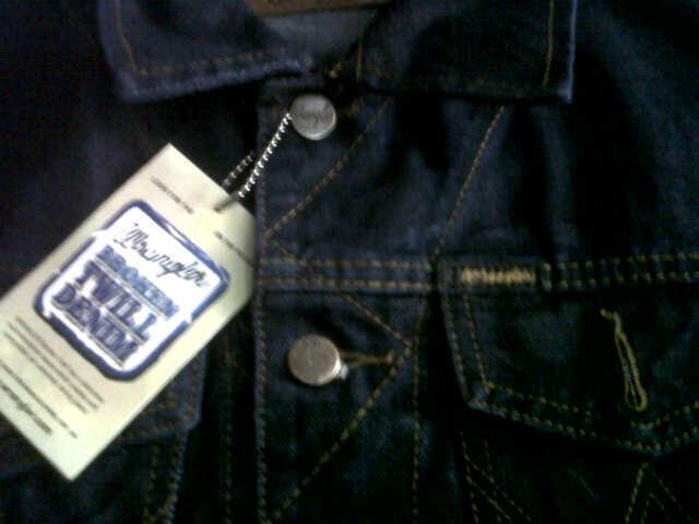 Jaket Jeans Wrangler KW Super Keren Murah gan warna blue black, reseller welcome