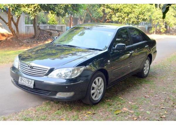 FOR SALE TOYOTA CAMRY 3.0 V6 A/T TAHUN 2003 HITAM, .... MULUS !!!!