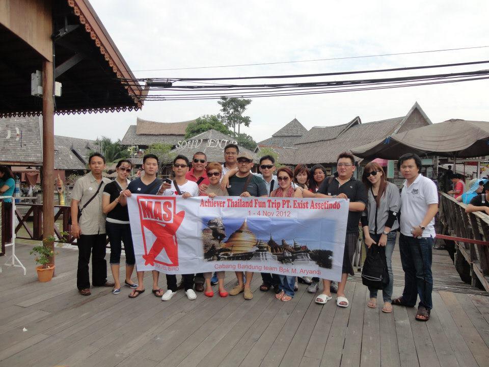 Paket tour group internasional Singapore , Malaysia , Thailand , Korea, Hongkong dll