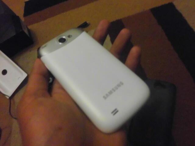 Samsung Galaxy Wonder..Fullsset,,full ori+mmc 8gb..bru pke 3bulan