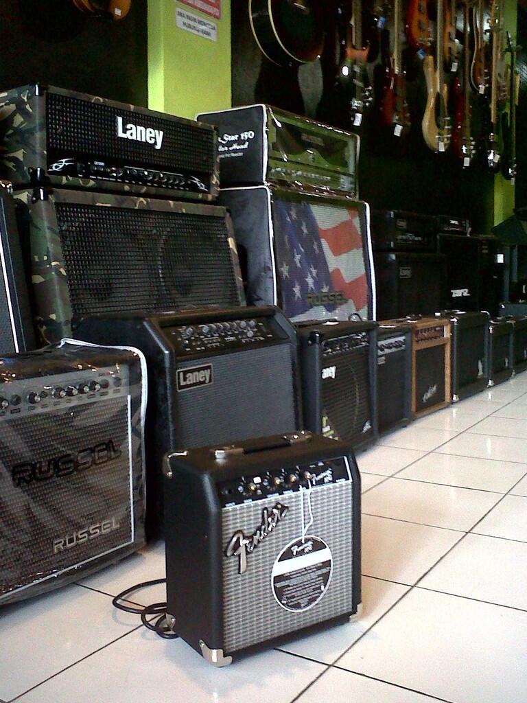 terjual ampli gitar fender frontman 10g kaskus. Black Bedroom Furniture Sets. Home Design Ideas