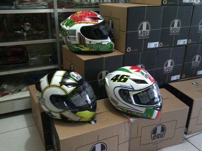Helm AGV K3 V.Rossi (New Design il Laureato, Donkey, Valencia, Mugello Hands)TERMURAH