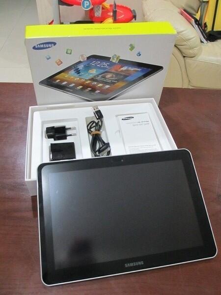 Samsung GALAXY TAB 10.1 GT-P7500 3G+WiFi Mint Condition !