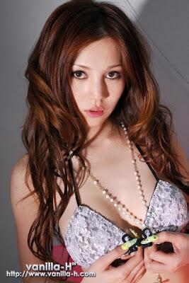 7 Artis Porno Jepang (JAV) Tercantik
