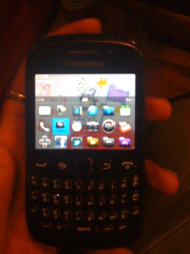 Blackberry Davis kondisi 80%