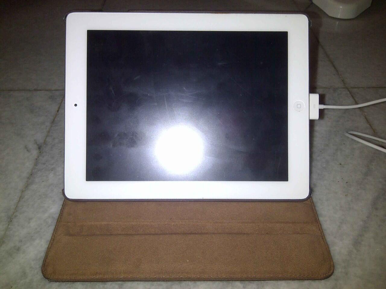 iPad 2 WHITE 16Gb Wifi Only