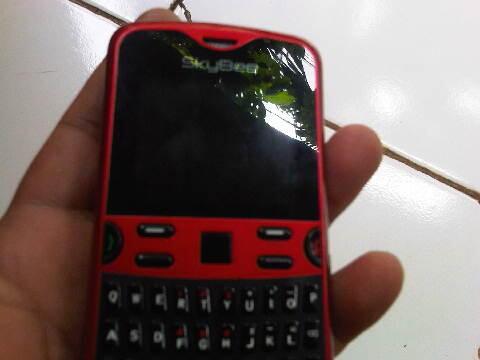 Hp SkyBee GSM.GSM.CDMA murah