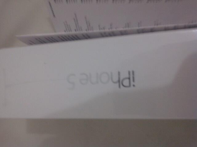 WTS:[UPDATE HARGA] Apple iPhone5 16GB - White [BNIB] Garansi resmi iBox