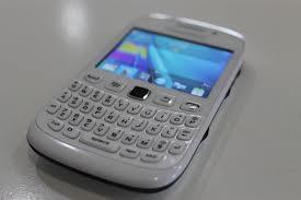jual blackberry armstrong 9320 white garansi TAM mulus baru pake 2 bln