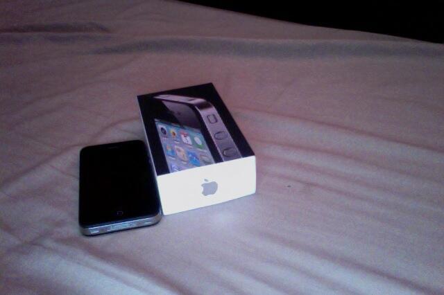 WTS iphone 4 32gb SU bandung