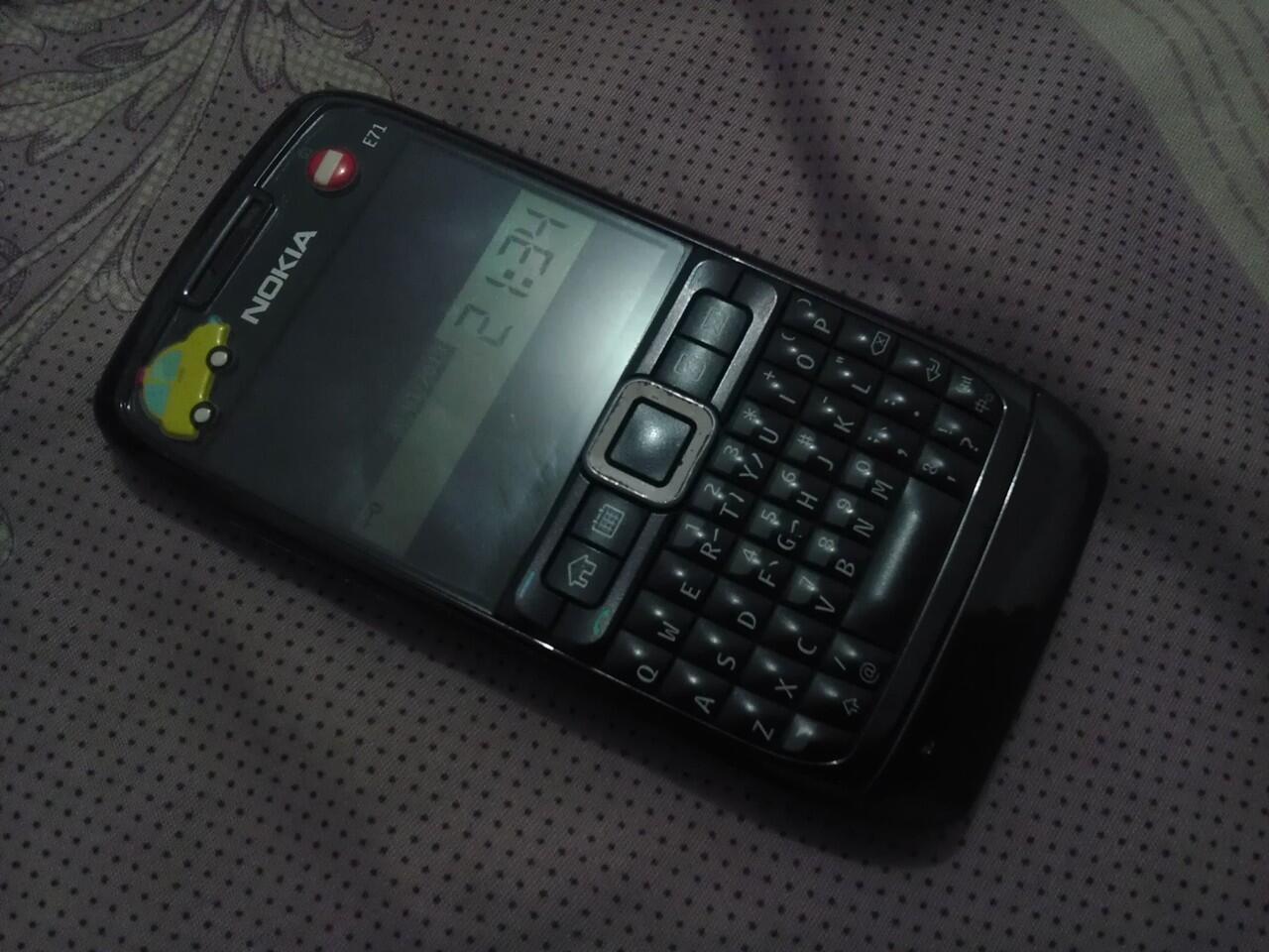 Nokia E71 Second Fullset murah