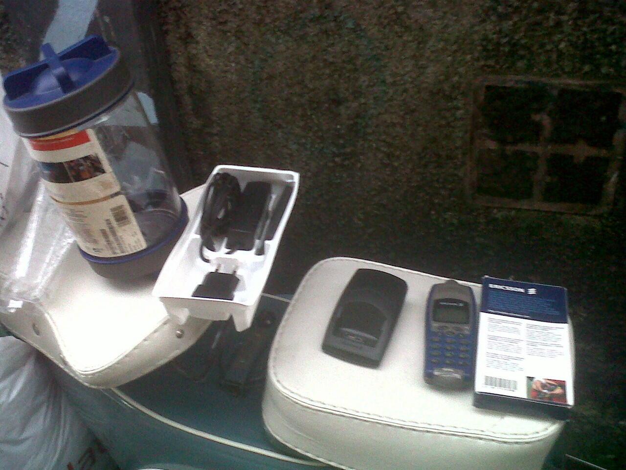Jual Ericsson R310 Full Set
