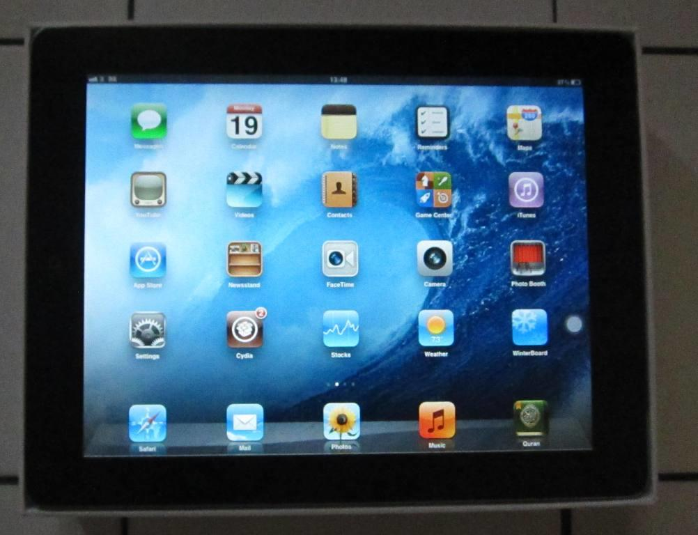 IPAD 2 64GB 3G wifi Fullset Black TURUN HARGA