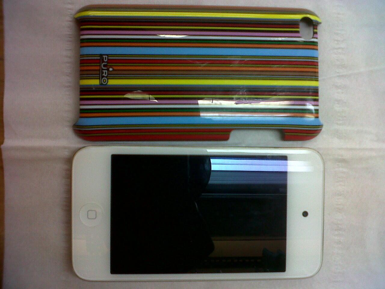 Jual ipod touch 4th 8GB white baru 1 bulan pakai, masi ada garansi, kondisi 98%