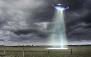 10 TOKOH PENTING YANG MEYAKINI KEBERADAAN UFO DAN ALIEN