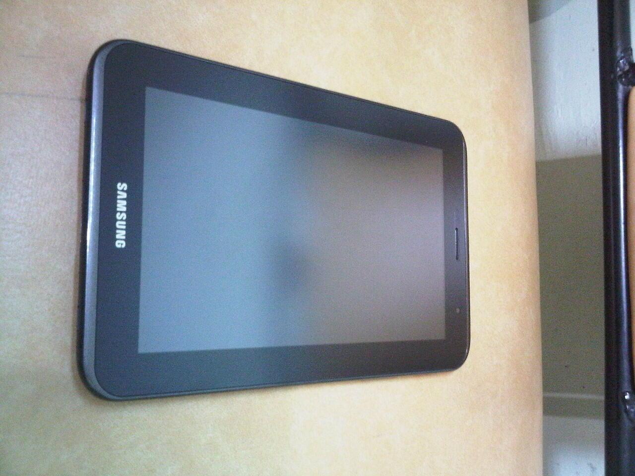 WTS Galaxy Tab 2 (black), baru 1 bulan. MURAH!!!!!
