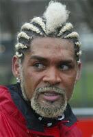 7 pesepakbola dengan gaya rambut unik