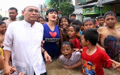 Selebriti ramai-ramai Bantu Korban Banjir